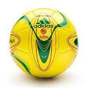 Untuk Standard International bola Futsal adalah sebagai berikut :
